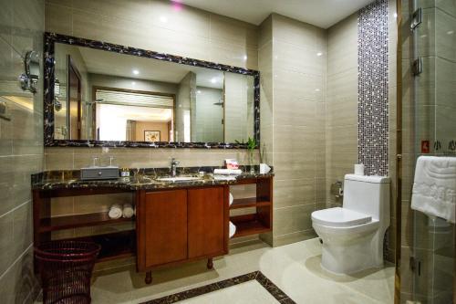 Suzhou New Century Manju Hotel Xinghuwan Branch photo 10