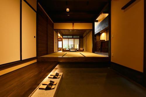Kuraya Senbonsanjo - Hotel - Kyōto