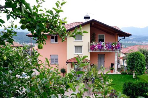 Accommodation in Tassullo
