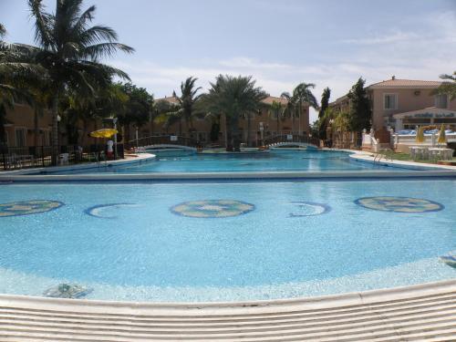 Al Murjan Beach Resort Main image 2