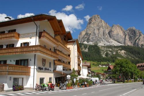 . Hotel Italia