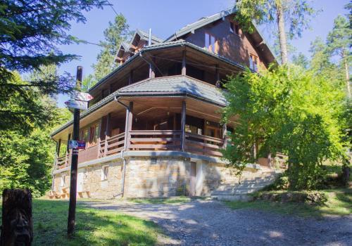 Leśna Willa PTTK w Komańczy - Accommodation - Komańcza