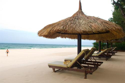 . Cham Villas Resort