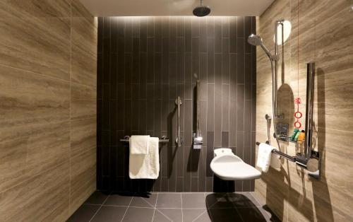 Hilton London Bankside - image 9