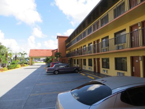 Budget Inn Of Orlando - Orlando, FL 32808