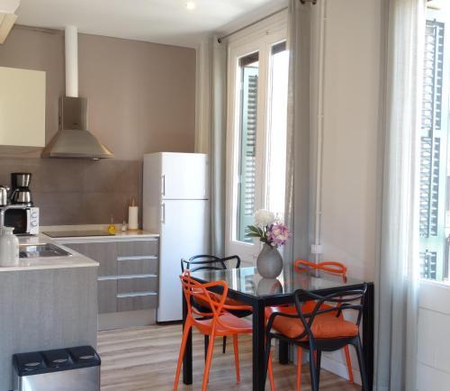 Feel at Sants Apartments photo 35