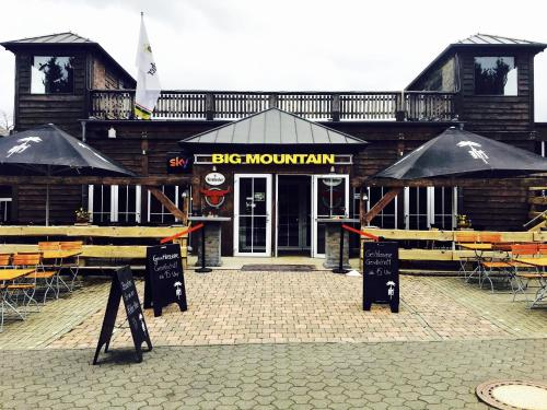 Big Mountain Hostel Hotel
