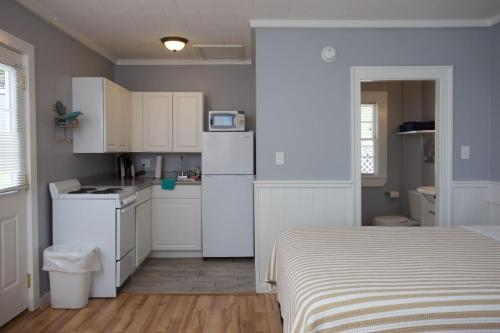 Drake's Island Resort - Wells, ME 04090