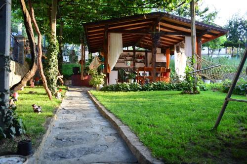 Guest House Angelkovi