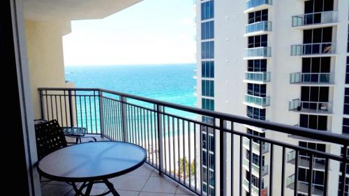 1/1 Miami Beach! Beautifull Bay Views 15th