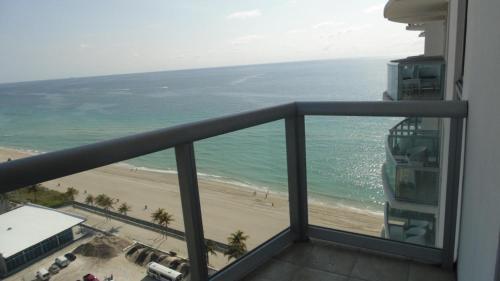 1/1 Miami - Sunny Isles Ocean Views At Marenas Resort 20th