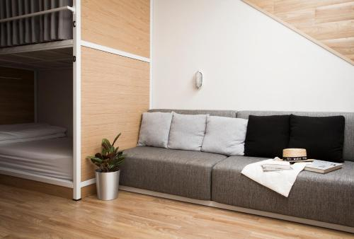 Bed One Block Hostel impression
