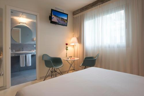 Standard Double or Twin Room - single occupancy La Alcoba del Agua 15