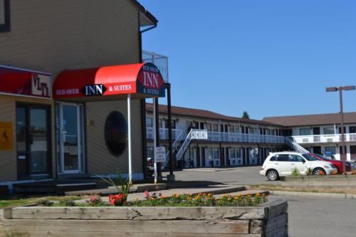 Red Deer Inn & Suites - Red Deer, AB T4P 1x7