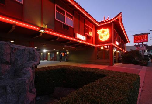 Royal Pagoda Motel - Los Angeles, CA CA 90012