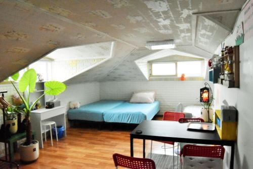 . Namsan Duplex Apartment