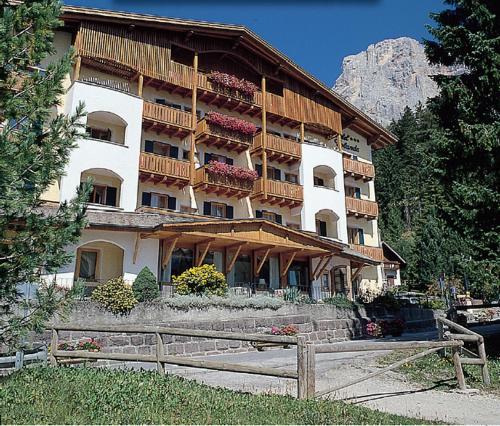Hotel Jolanda San Martino di Castrozza