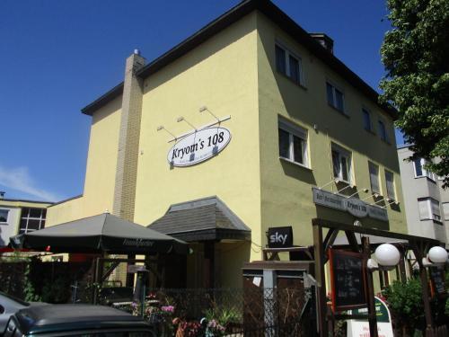 Hotel Kryom's 108 (B&B)