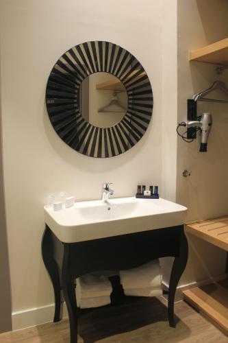 Habitación Doble Estándar - Uso individual Hotel Palacete de Alamos 21