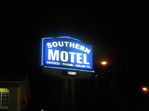 Southern Motel - South Gate, CA 90280