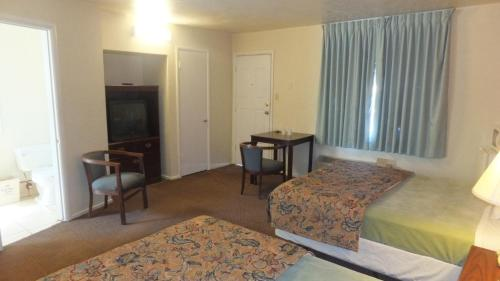 Economy Inn Redding - Redding, CA 96003