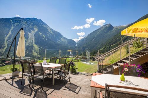 Panoramahotel Burgeck - Hotel - Krimml