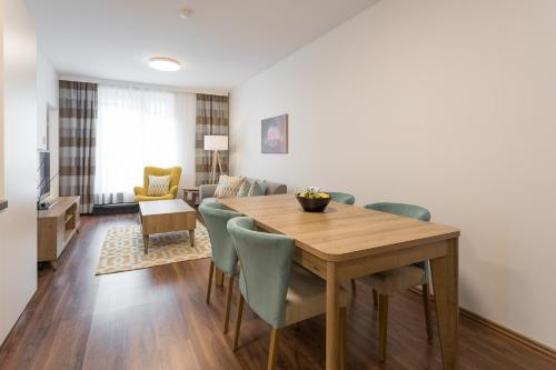 Mar Suite Apartments - Simmering