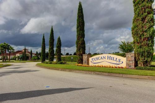 Tuscan Pines Villa - image 4