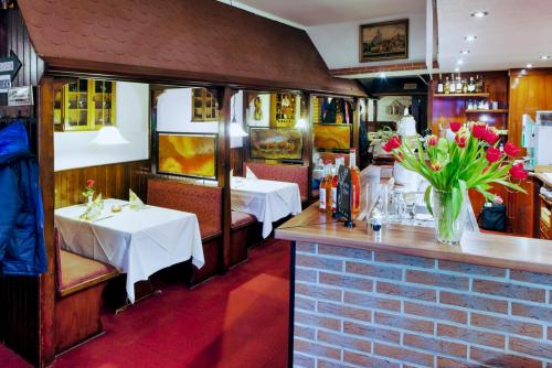 A Hotel Com Pension Donau Guest House Hannover Germany