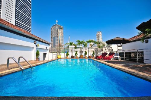 Admiral Suites Bangkok by Compass Hospitality impression