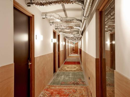 Q-Factory Hotel photo 17