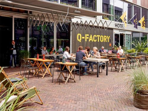 Q-Factory Hotel photo 21