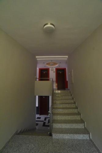 https://q-xx.bstatic.com/xdata/images/hotel/max500/106525203.jpg?k=1d40104339e9f02a43a68acd625fda331a81d4a9aaee62e26c67c6e6970f4614&o=