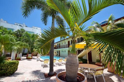 . Surf Side Resort