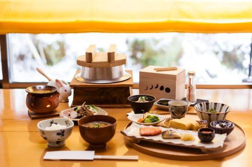梅格苏松酒店 image