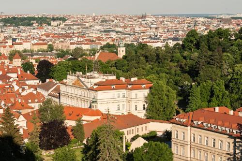 Domus Henrici, Loretanska 11, 118 00 Prague 1, Czech Republic.