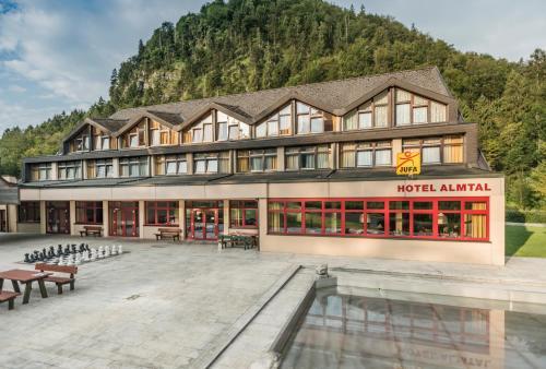 __{offers.Best_flights}__ JUFA Hotel Grünau