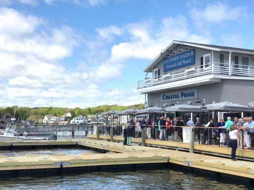 Boothbay Harbor Oceanside Golf Resort - Boothbay Harbor, ME 04538