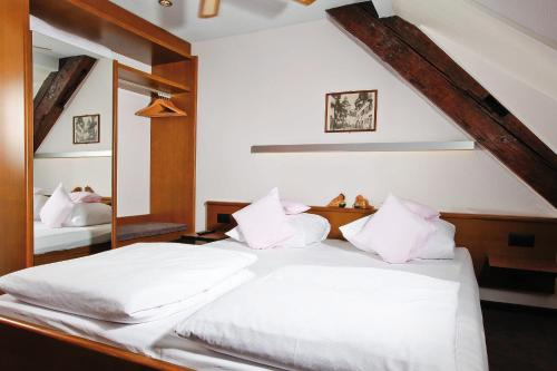 ROESLI Guest House, Pension in Luzern