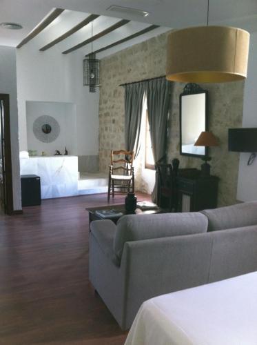 Suite - single occupancy Hotel Las Casas del Consul 11