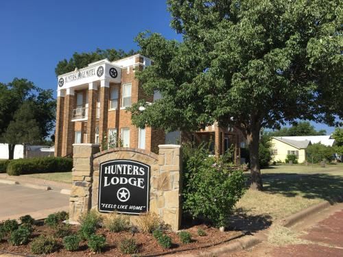 Hunters Lodge Motel
