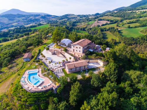 . La Castellaia Resort