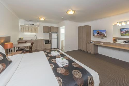Executive King Suite with Cooking Facilities (Executive King Suite with Cooking Facilities )