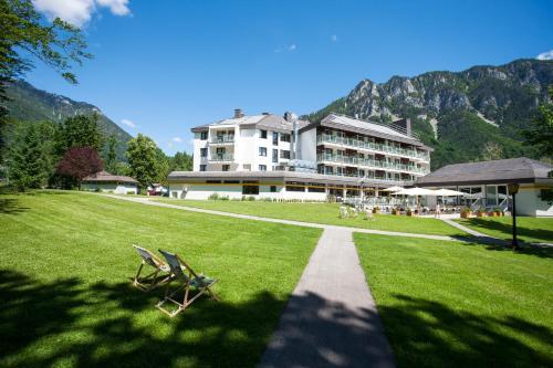 . Parkhotel Hirschwang