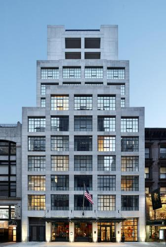 18 W 56 th Street, New York 10019, United States.