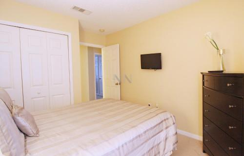 Sun Key Holiday Vacation Home Rental 27sk59 - Kissimmee, FL 34747