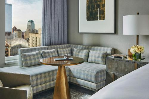 Accessible Four Seasons Executive Suite