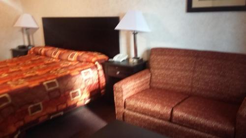 Deer Field Inn - Osceola, AR 72370