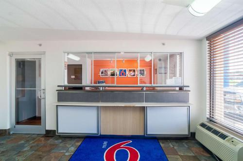 Motel 6 Oklahoma City Ok South - Oklahoma City, OK 73129