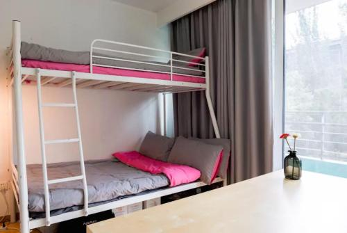 Dobbeltrom/Tomannsrom med eget bad (Double or Twin Room with Private Bathroom)